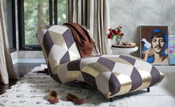 оригинальное ретро кресло коричневого цвета