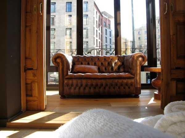 кожанный диван честер
