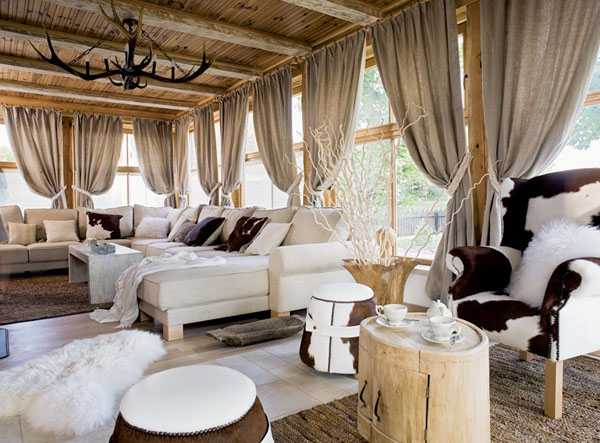 House tours s t a r d u s t decor style for Winter cabin bedding