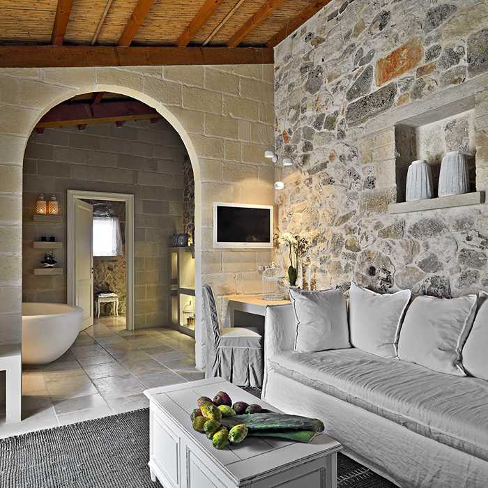 1746 Stone House in Italy
