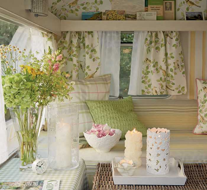 Kollekciya-vesnay-2014-laura-ashley-pufikhomes-43