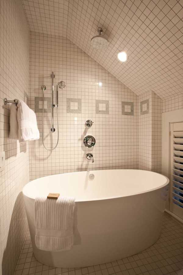 rosemary-beach-florida-guest-bathroom-64430-1900