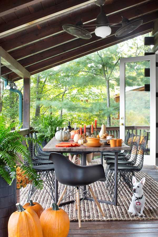 dining_table_from_deck_gidget_130917_4132_s