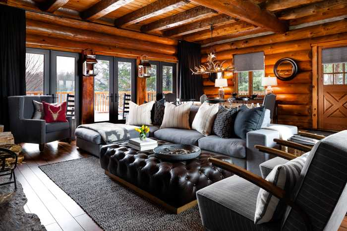 Деревянный домик в Канаде