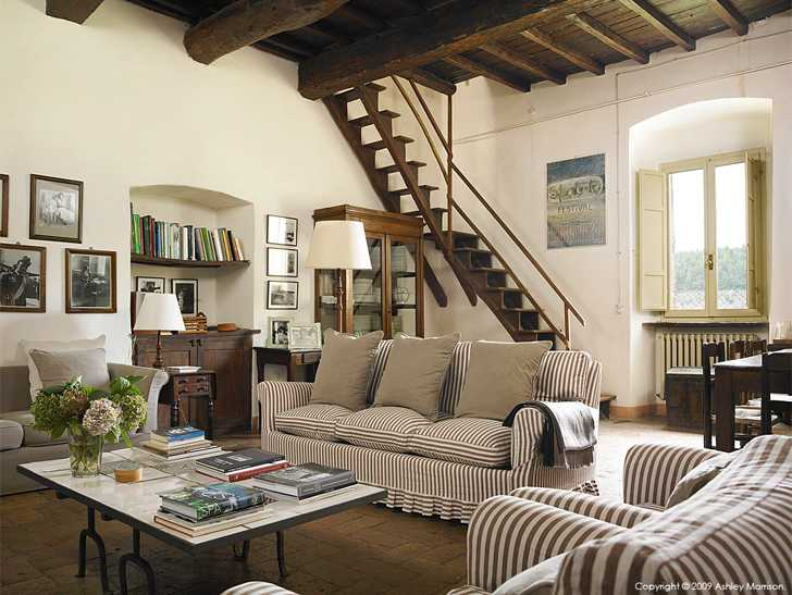 The living room in Claudia & Francesco Bachetoni's farmhouse near Spoleto in the Umbria region of Italy.