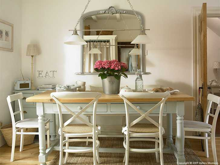 The kitchen table in Marie & Alan McMillen's Holywood cottage in County Down.