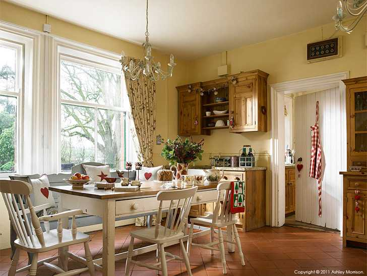 The kitchen in Emma & Jason Johnston's Edwardian detached home near Banbridge in County Down.
