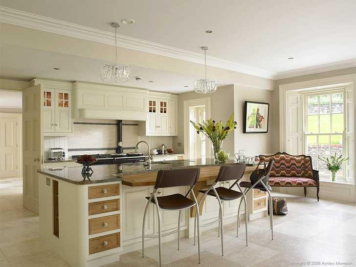 Ivory with European Oak kitchen in Austin Baird's home near Holywood in County Down.