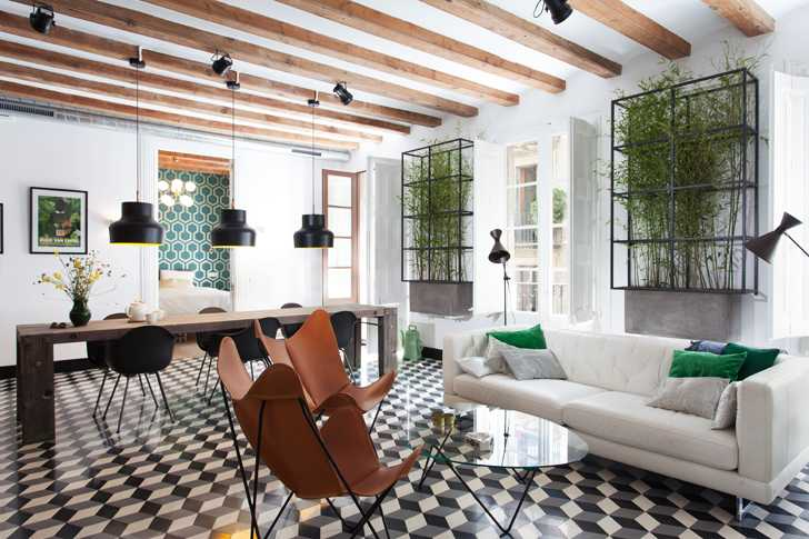 Квартира в бывшем общежитии в Барселоне