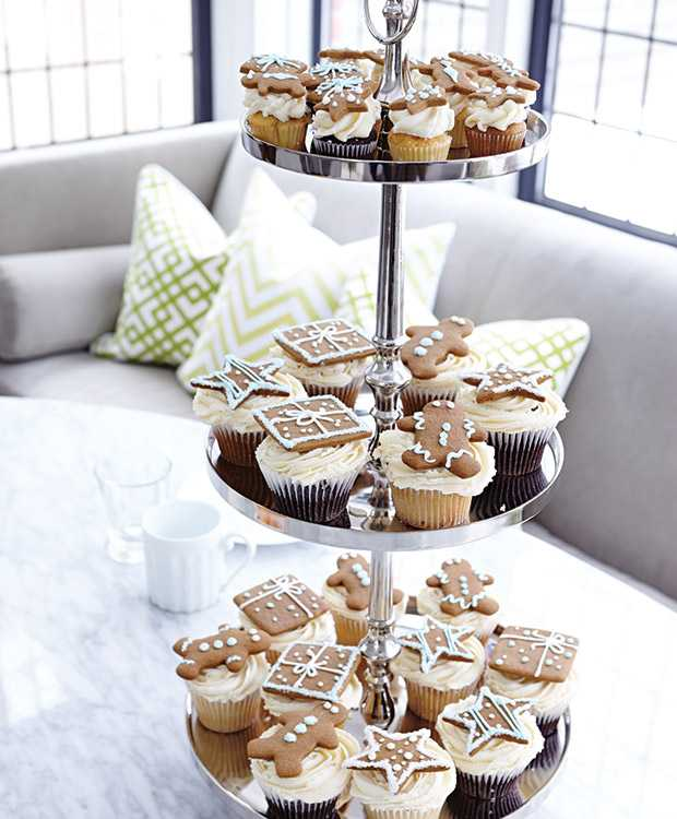 Holiday-Style-TheodoropoulosRes_Cupcake_Stand_HH_NO14