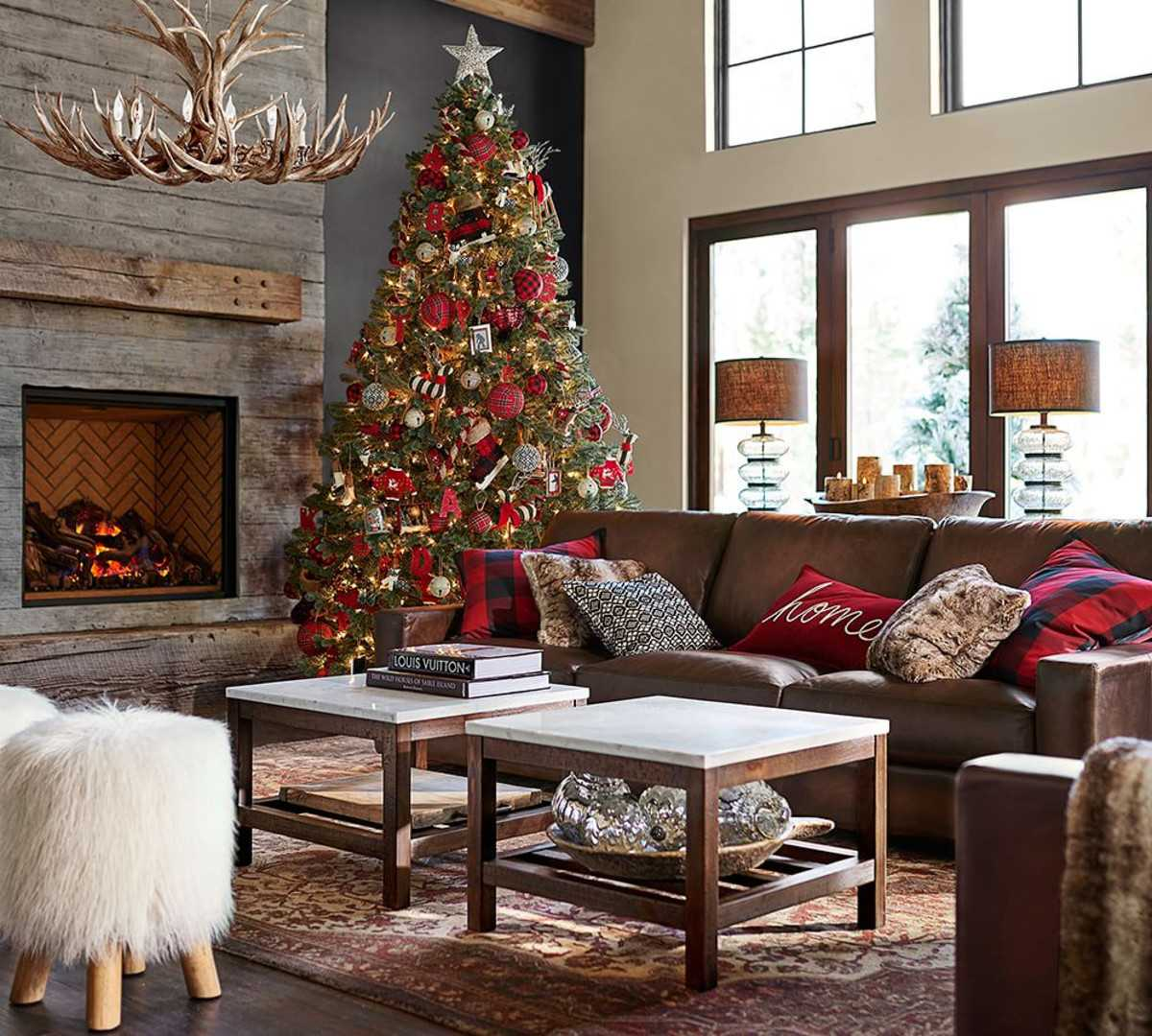 pottery-barn-christmas-2016--0