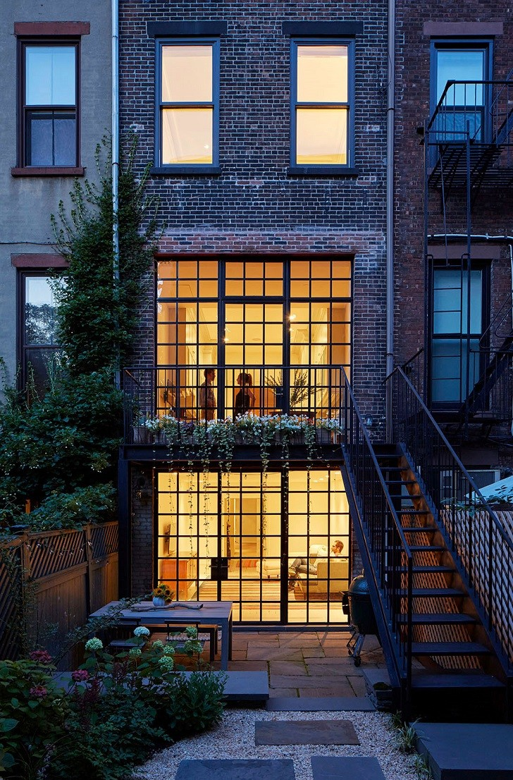 Lang-Architecture-Convert-a-Three-Family-Row-House-Into-an-Elegant-Single-Family-Home-18
