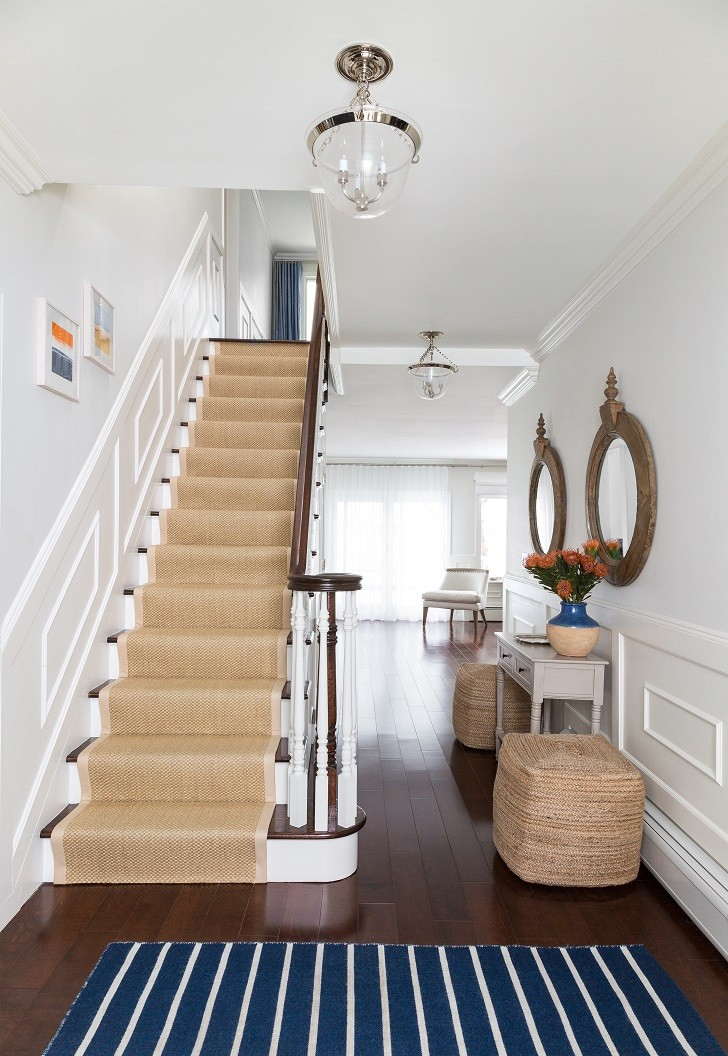 1.-Grandview-on-Hudson-Waterfront-Colonial-by-Chango-Co.-Foyer