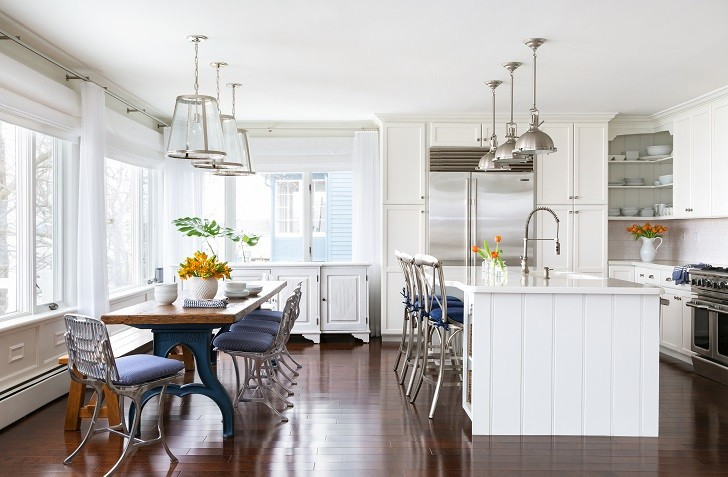 9.-Grandview-on-Hudson-Waterfront-Colonial-by-Chango-Co.-Dining-Area-and-Kitchen