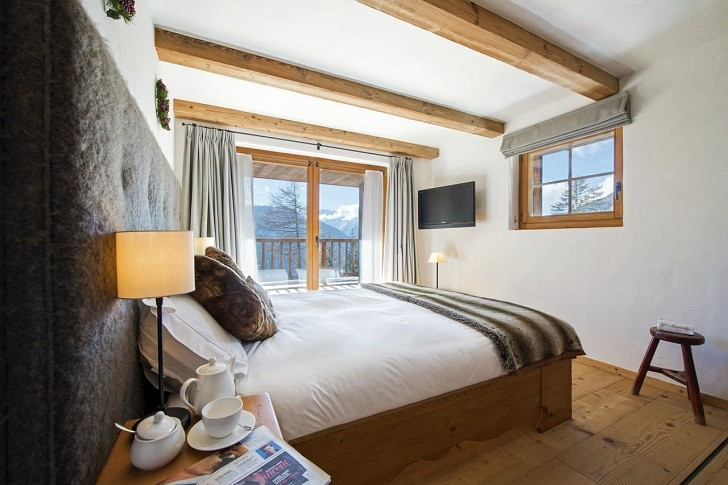 chalet-dent-blanche-verbier-double-bedroom