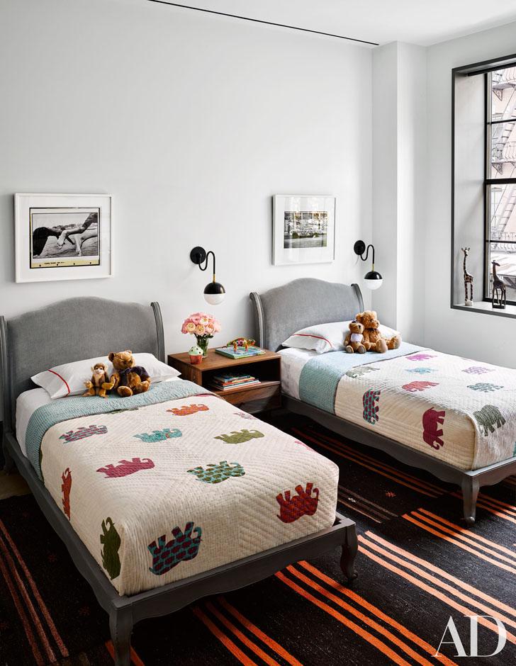 b77cc0baf8181 Stunning New York apartment of Naomi Watts and Liev Schreiber ...