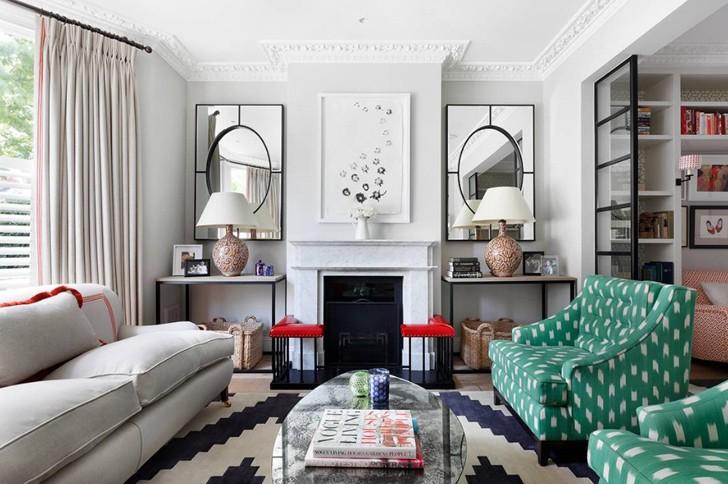 ed49d304ba94 Как же нравятся яркие пятна мебели и мелких предметов декора в этом  изысканном таунхаусе в Лондоне! Нейтральный интерьер сразу же заиграл  красками и ...