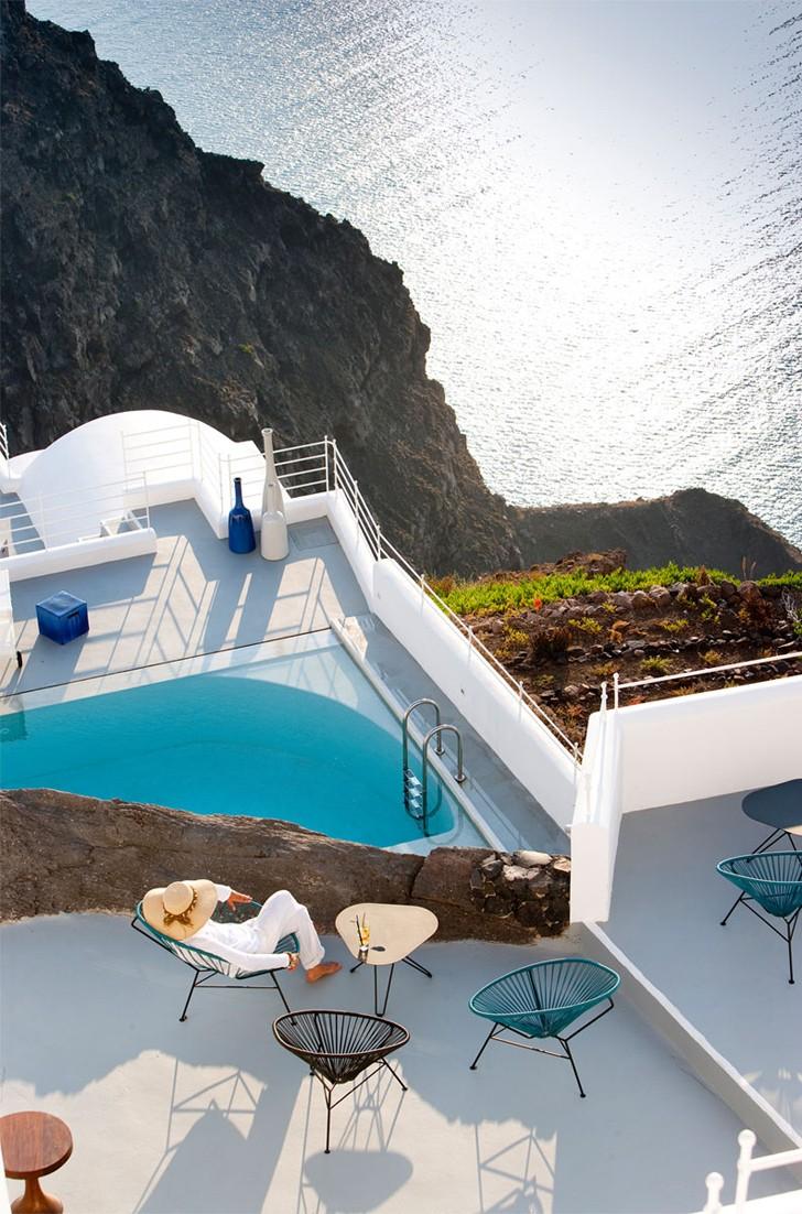 Grace-Santorini-Hotel-pufikhomes-4