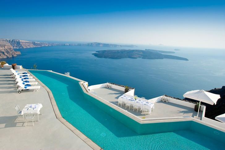 Grace-Santorini-Hotel-pufikhomes-8