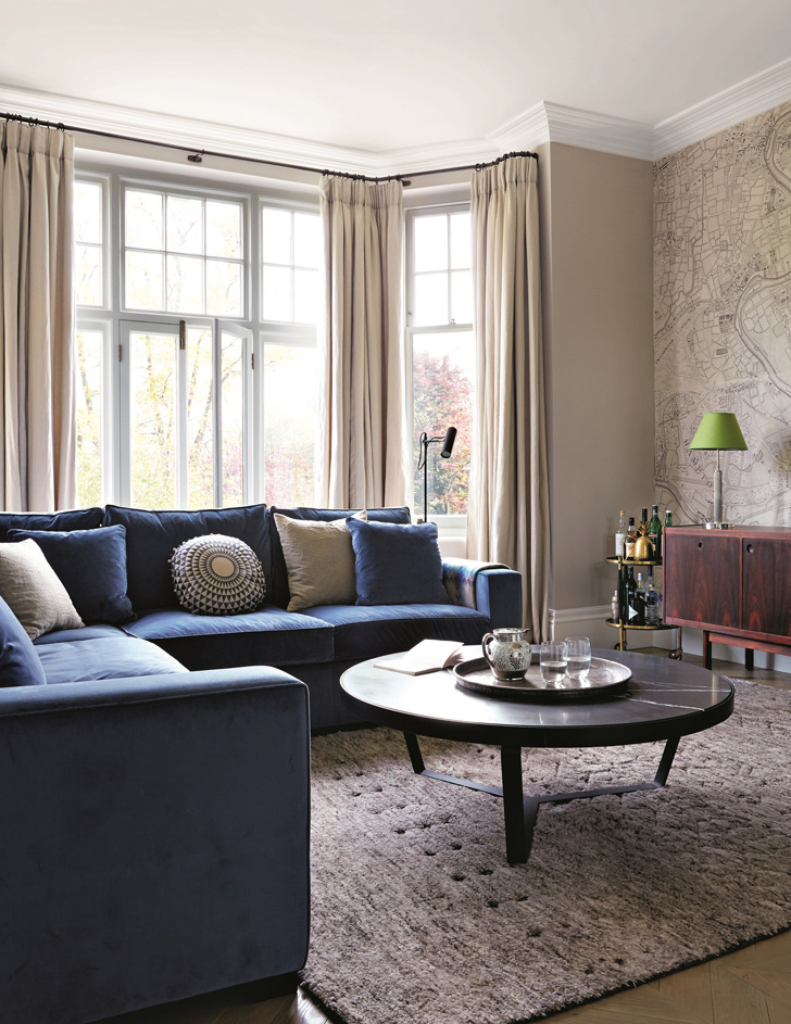 Feature, mansion flat, family home in Richmond, modern interior, classic furniture, minimalism, sitting rom, blue L-shape sofa