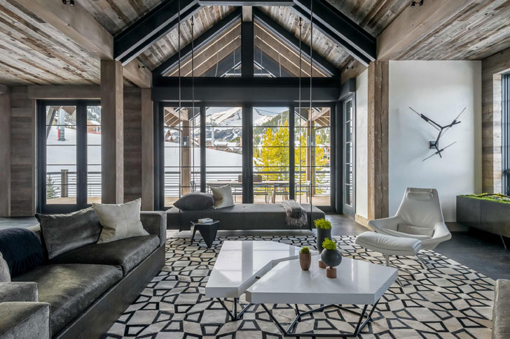 Впечатляющее современное шале в штате Монтана | Фотографии большого дома в горах США