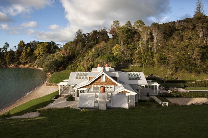 Восхитительный дом на берегу в Новой Зеландии