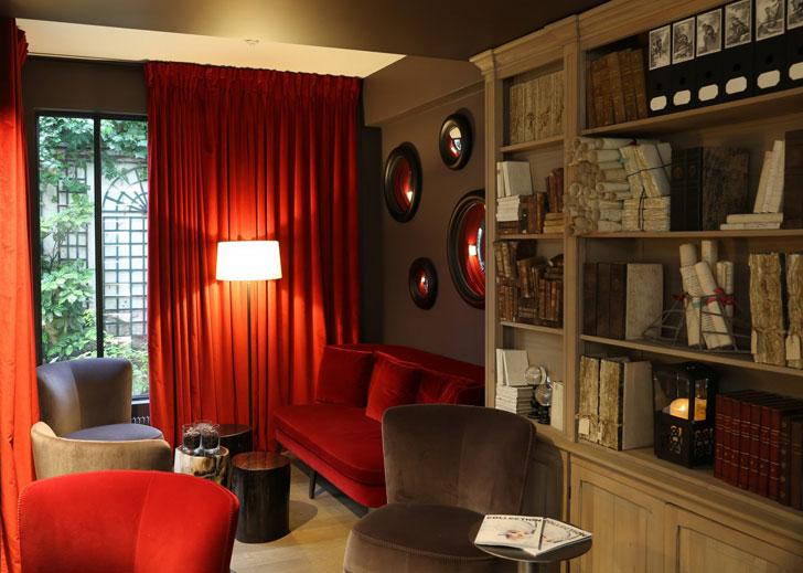 Отель Moliere в самом сердце Парижа