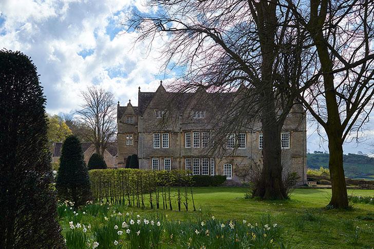 Элегантный интерьер семейного поместья XVI века в Англии