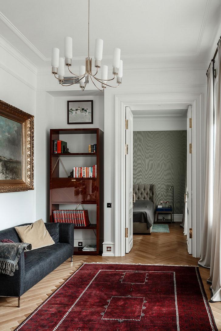 Изысканная квартира в 100-летнем доме в Москве