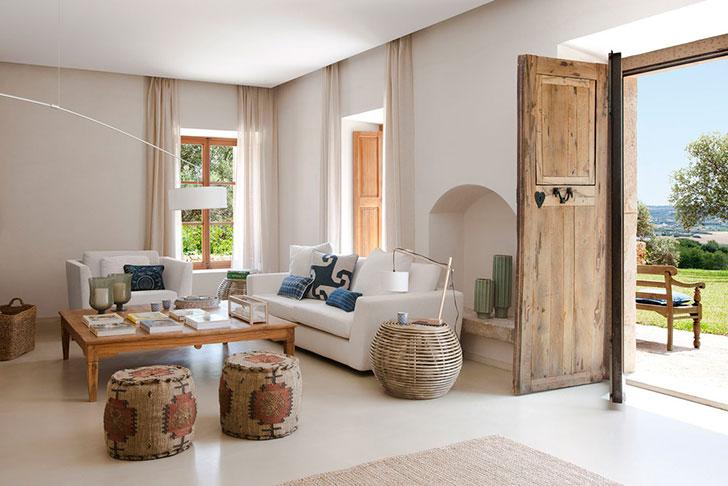 Песок и море: светлый и теплый интерьер дома на Майорке