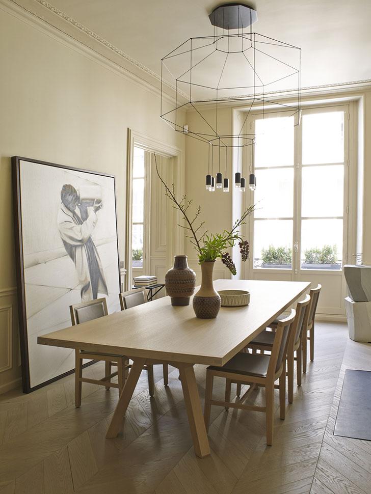 Modern Furniture Old House elegant lines and designer furniture: beautiful apartment in paris