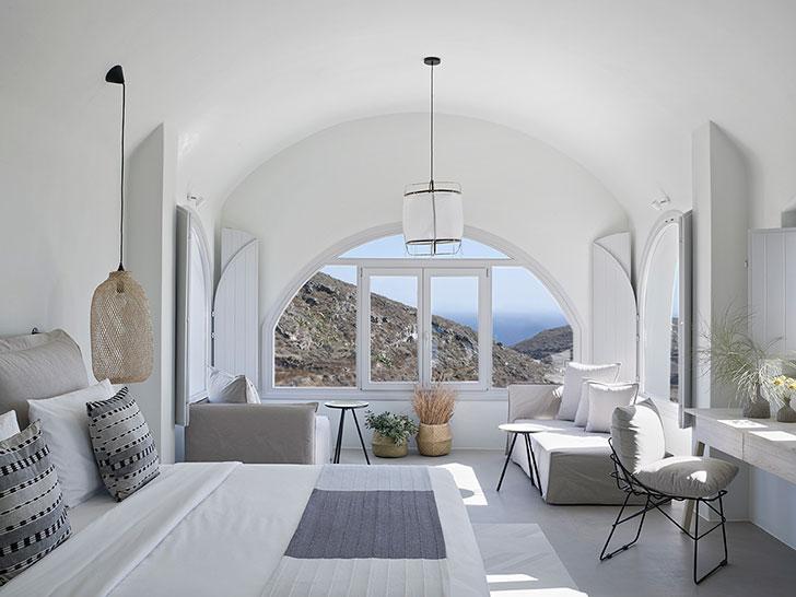 Уединенный мини-отель на Санторини