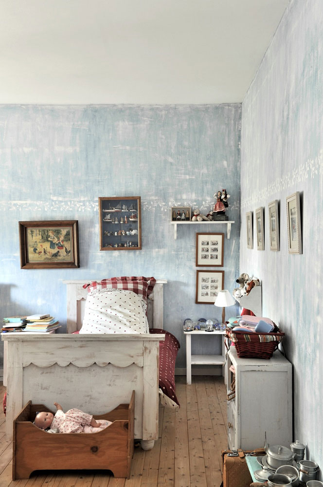 Charming french country home pufik beautiful interiors for French country magazine online