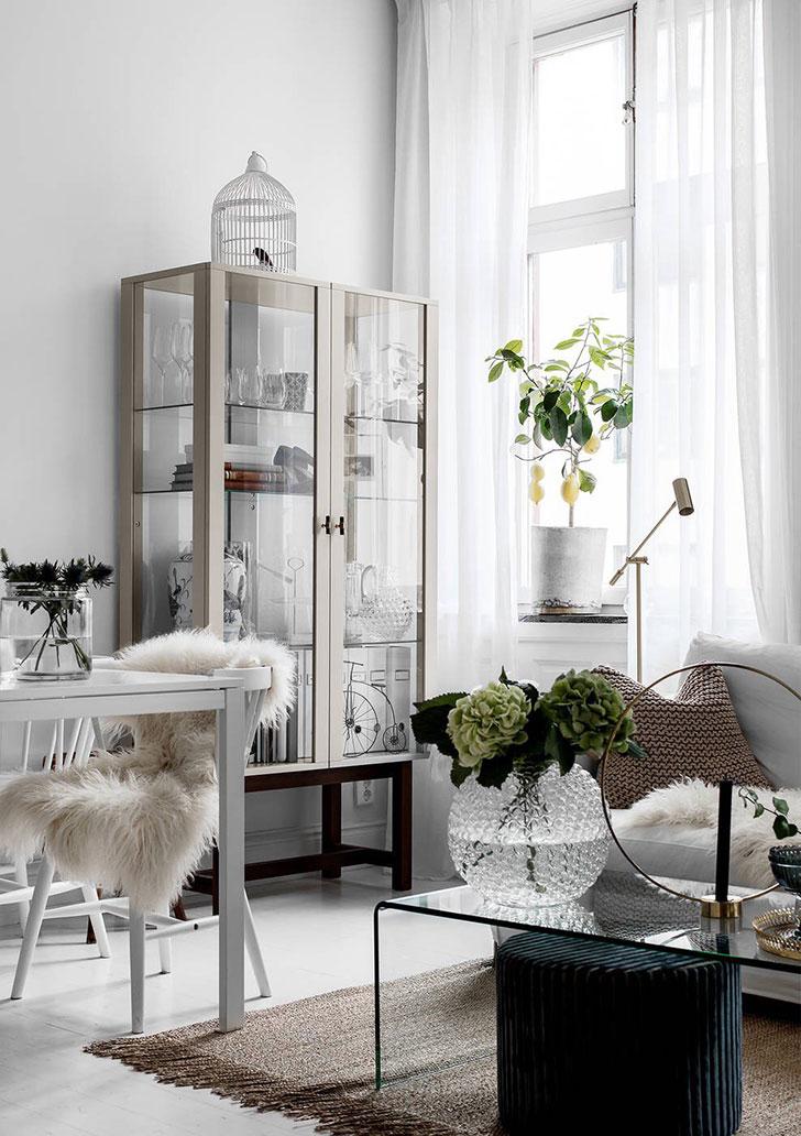 feminine apartment in white stockholm pufikhomes 10b Женственный белоснежный интерьер | Роскошь и уют Фото