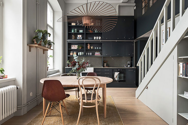 Mezzanine Romm In Stockholm Apartment