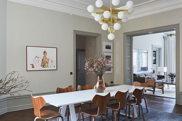 Spacious Apartment With Old Stove In Stockholm (161 Sq. M) Photo