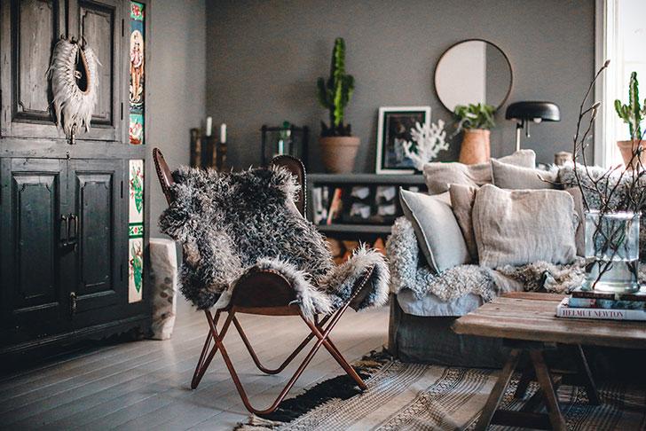 Чудесный дом скандинавского блогера в темных тонах