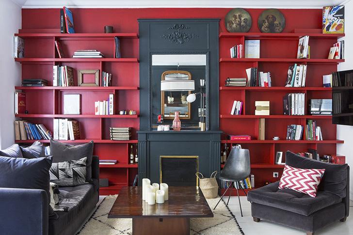 Великолепный и смелый Париж: апартаменты с красной гостиной