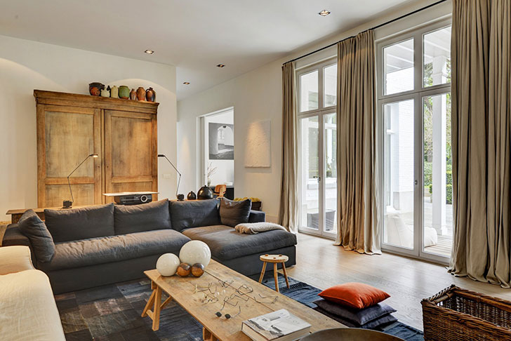 In the design of this modern country home in Belgium, it would seem that there is nothing supernatural or extraordinary, but look how beautiful is the ...