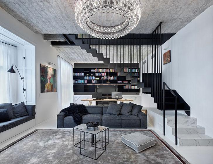 Черно-белая квартира в два уровня в Праге