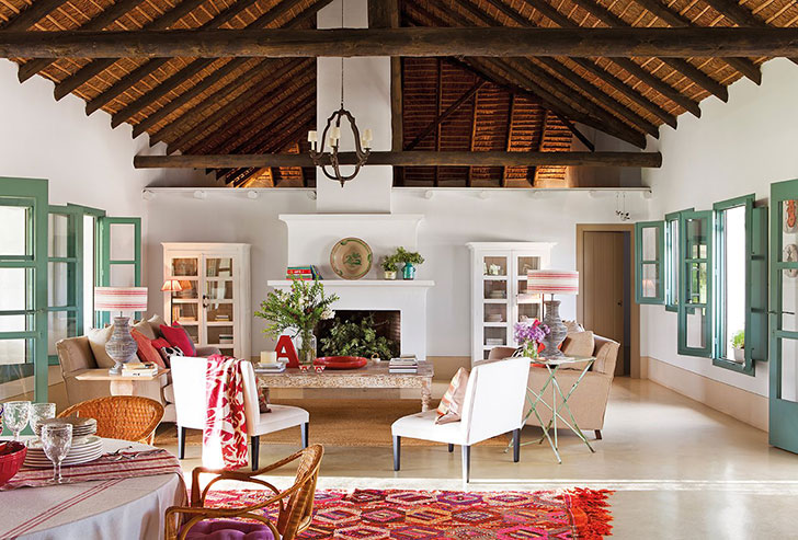 Country Home With Thatched Roof In Spain