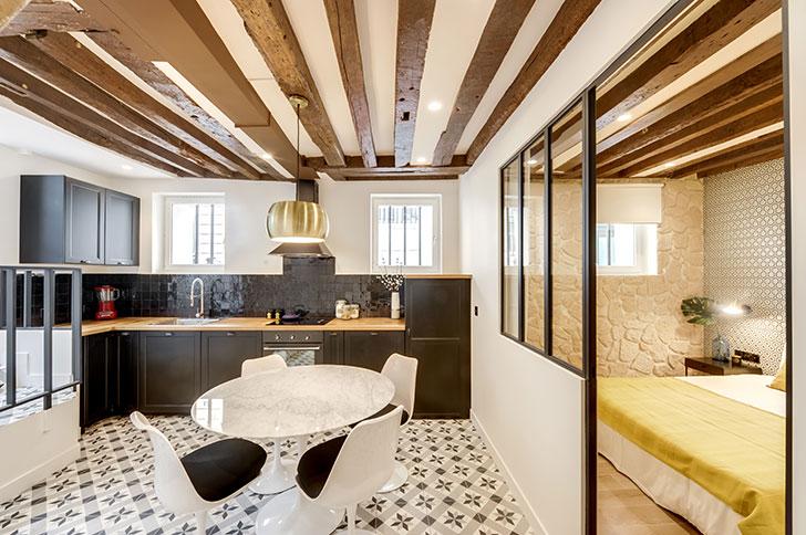 Парижская квартира на -1 этаже (60 кв.м)