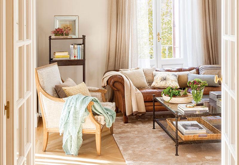 Тёплая классика: приятный интерьер квартиры в Мадриде