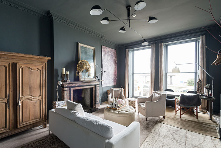 Dark Home In A House With White Facade In England Photos Ideas Design
