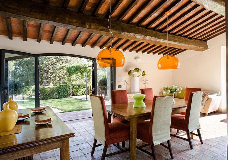 деревянный потолок - фото