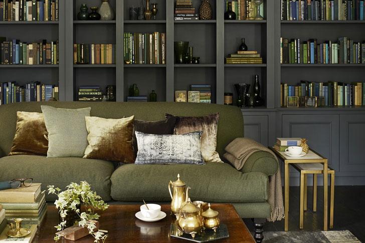 книжный шкаф в английском стиле - фото