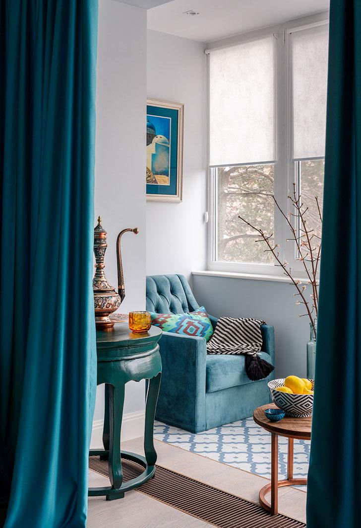 Бело-голубая квартира с восточными нотками в Москве (80 кв. м)