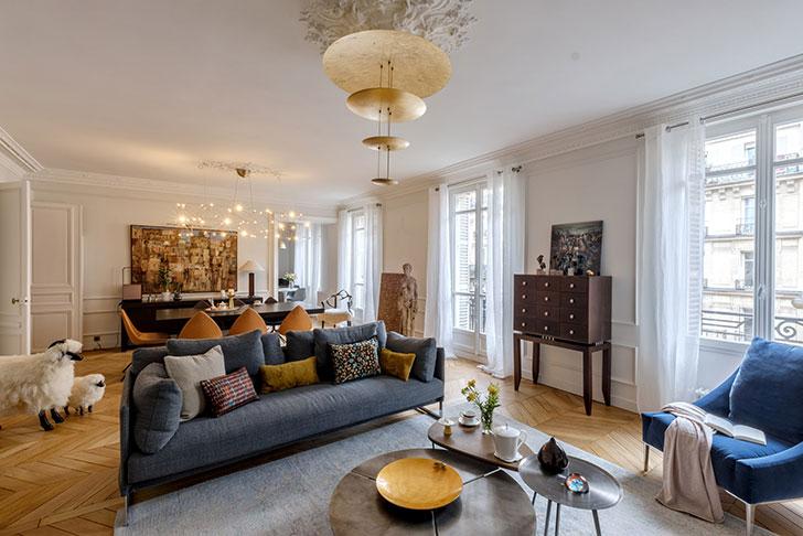 Квартира в Париже с интересными цветовыми сочетаниями и любопытным декором