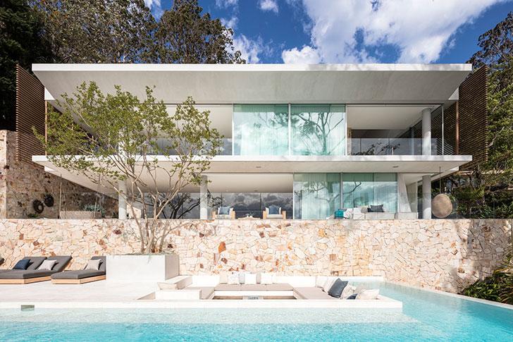 Впечатляющий дом на берегу океана в Сиднее