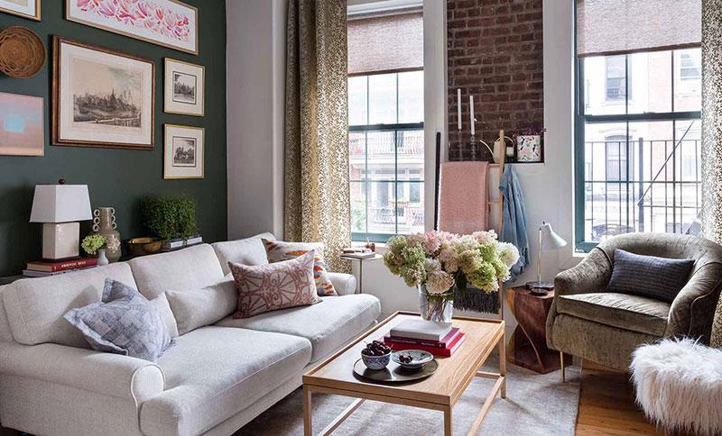 Фильмы из 90-х как вдохновение: очаровательный интерьер небольшой квартиры в Бруклине